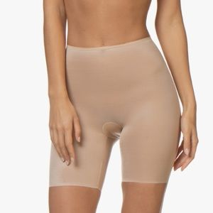 Spanx | NWT Skinny Britches Layering Shapers